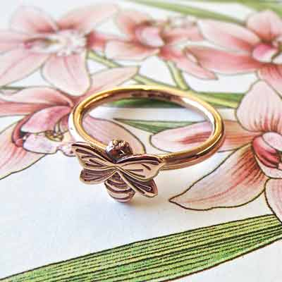 Rose Gold Bee Ring