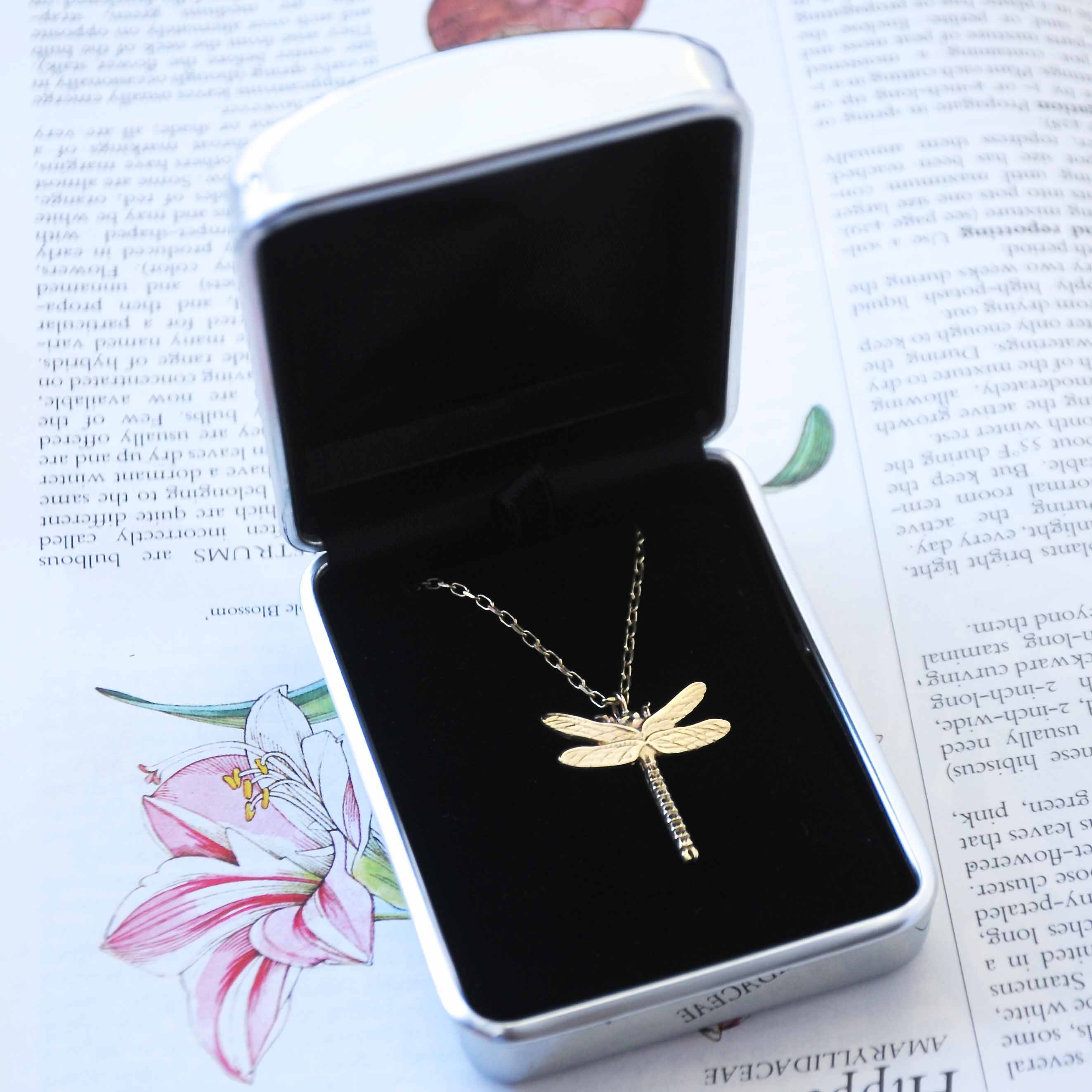 Dragonfly Necklace, Gold