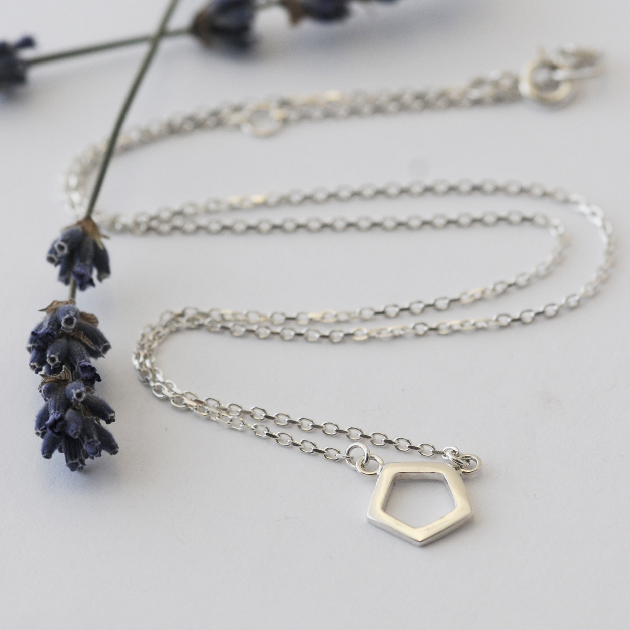 Mini Pentagon necklace